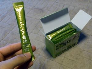 1箱 3g × 30スティック入り 1日1袋で1ヶ月分です。