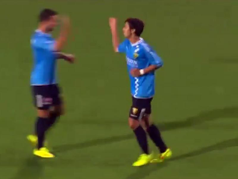 オランダ2部VVVフェンロー所属、MF大津選手がアキレス腱断裂から復活!