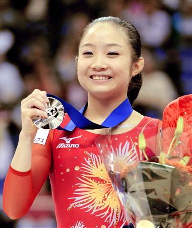 体操女子、鶴見虹子選手が現役引退を決意